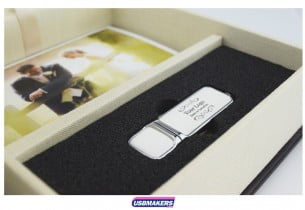 A-Book-Style-Photo-Prints-USB-Gift-Box-2