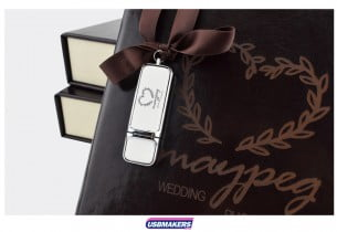 A-Book-Style-Photo-Prints-USB-Gift-Box-5