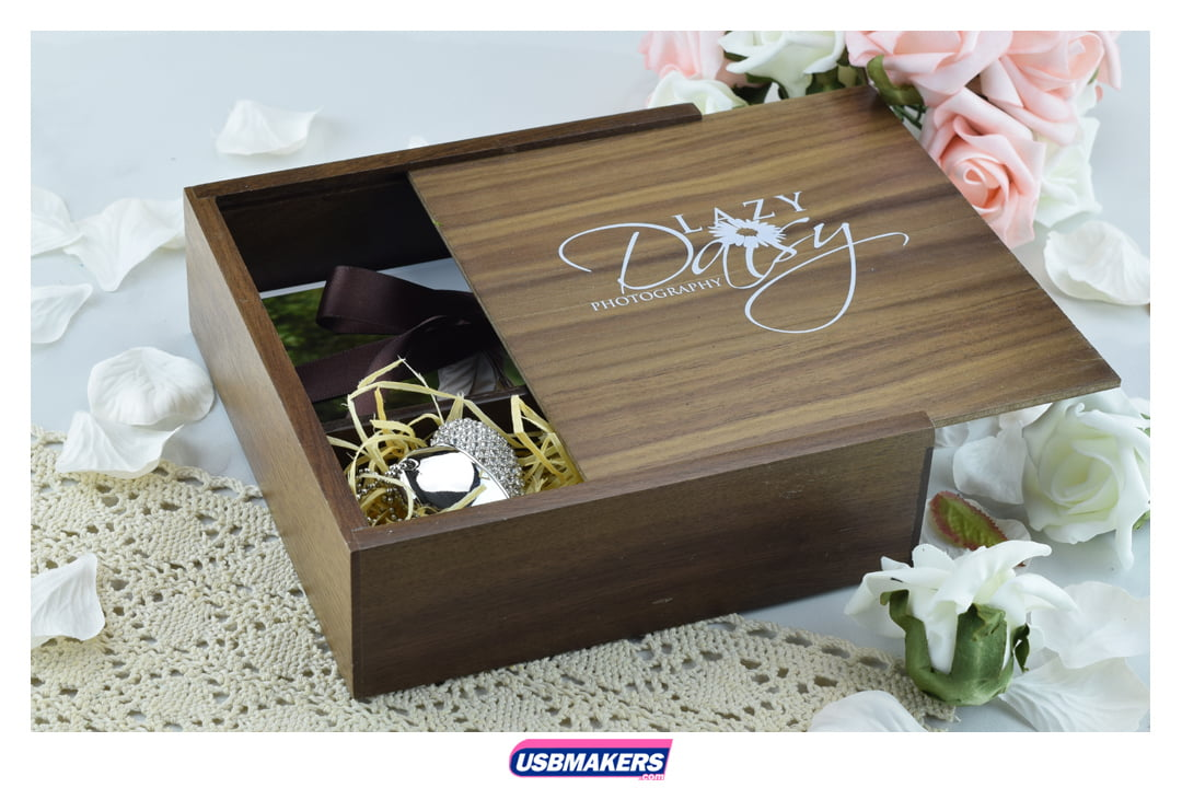 Laser Engraved Wooden USB & Photo Print Gift Box   USB Makers