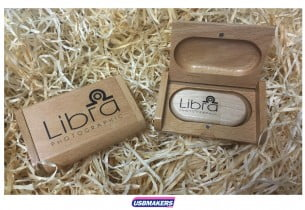 Light-Wood-USB-Flip-Gift-Box-3