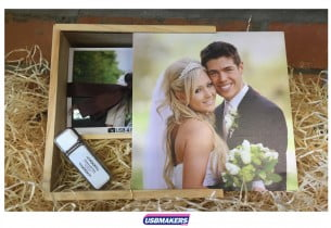 Light-Wood-USB-Photo-Box-Hemes-1