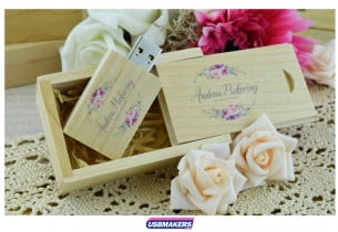 Light Wooden Slide Gift Box 1