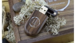 Wooden Pebble USB Drive - Dark Wood